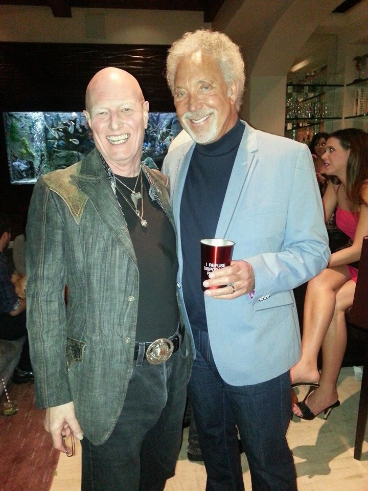 Sladey is catching up with old friends … Sir Tom Jones
