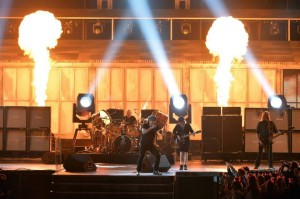 AC-DC_with_Chris_Slade_The_Grammys_08